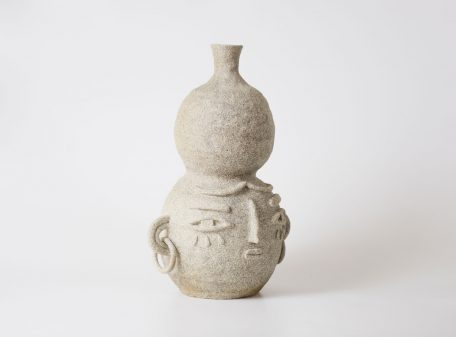 Anna_ceramic_vase_face_by_miri_orenstein_4