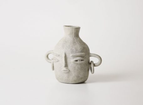 Bella_ceramic_vase_face_by_miri_orenstein_2
