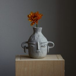 Bella ceramic vase with face