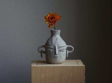 Bella_ceramic_vase_face_by_miri_orenstein_cover