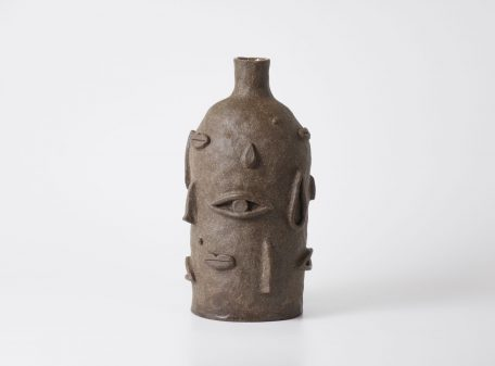 Eyes_ceramic_vase_face_by_miri_orenstein_4