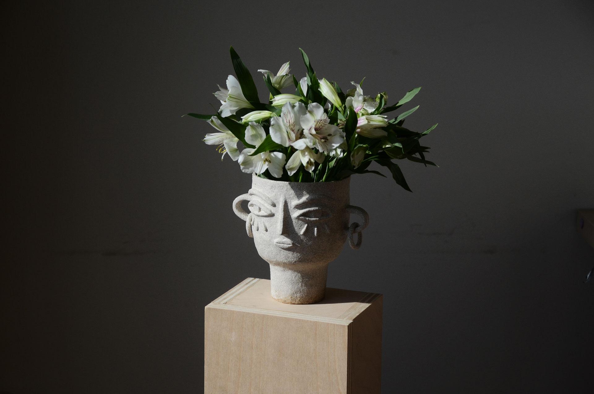 Flowers ceramic head vase