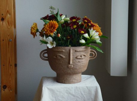 Isabelle_ceramic_vase_face_by_miri_orenstein_cover3