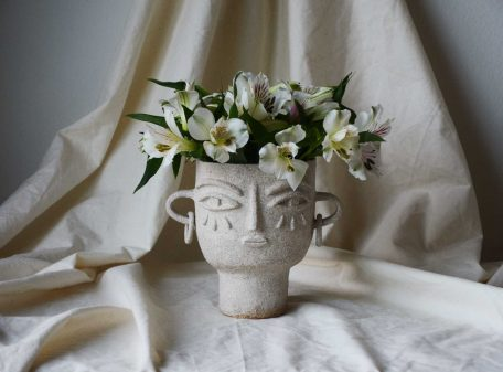 Julia_ceramic_vase_face_by_miri_orenstein