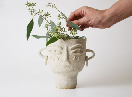 Julia_ceramic_vase_face_by_miri_orenstein_7