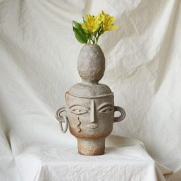 Kayla ceramic vase head