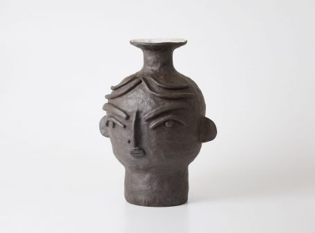 Kira_ceramic_vase_face_by_miri_orenstein_2