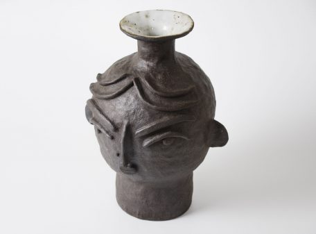 Kira_ceramic_vase_face_by_miri_orenstein_5