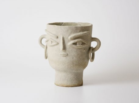 Stella_ceramic_vase_face_by_miri_orenstein_2
