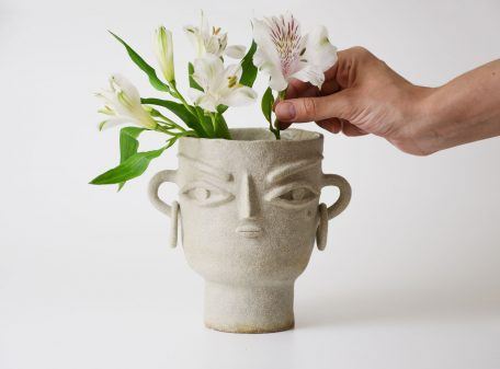 Stella_ceramic_vase_face_by_miri_orenstein_7